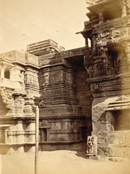 Temple of Kali and part of interior of the Hira Gate, Dabhoi